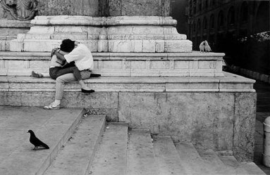 ꧁ ©Édouard Boubat, Bologne, Italie, 1987 ꧂