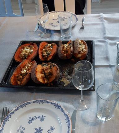 erstes gemeinsames Abendessen im Newman Institut