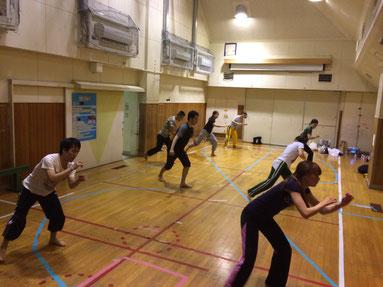 西荻窪で女性先生によるカポエイラ教室(初心者向け)