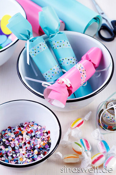 Kindergeburtstag, Tipps, Ideen, Dekoidee, Kinderzimmer, diy, do it yourself, selber machen, Knallbonbon, Bastelidee, basteln mit Kindern, Partydeko, Getränke, Snacks, Essen, Süßes, Spiele, Spaß