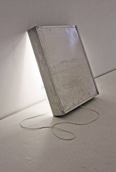 Daniel Schörnig  LIGHT BOX, 2015  aluminium, electrics  fluorescent lamps
