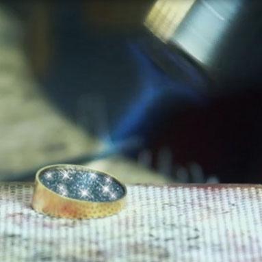 Luxcera ist bis 1450°C hitzebeständig