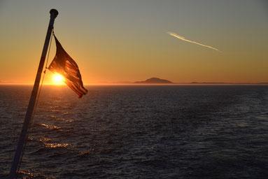 Sonnenuntergang auf der Inside-Passage des Alaska Marine Highways