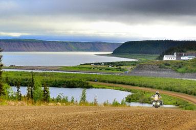 Der mächtige Mackenzie River liegt hinter mir.