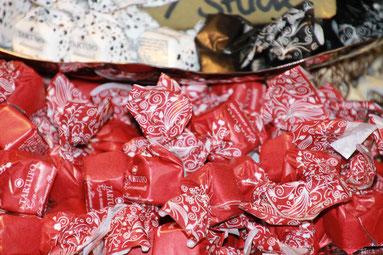 Unsere Süßigkeiten - Jetzt online bestellen - Tee und Feinkosthaus