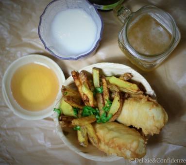 fish and chips pesce fritto tipo merluzzo patate fritte birra farina piatto tipico Dublino e Londra