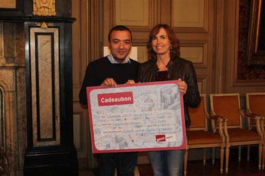 Schepen van Sport Resul Tapmaz en Sensei Martine Demeyer van Budo Gent