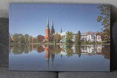"""Leinwandbild 90 x 60 cm """"Blick über den Lübecker Mühlenteich"""""""