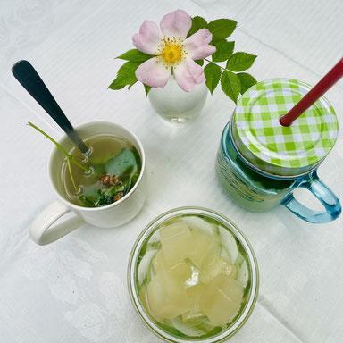 Ein Gersten-Trunk, drei mal verschieden serviert: als Heißgetränk, Kaltgetränk oder Eiswürfel