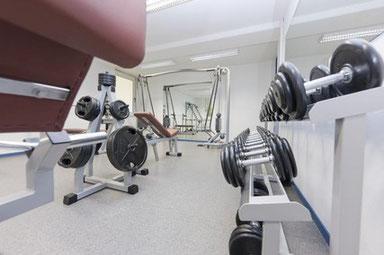 Fitnessraum Training