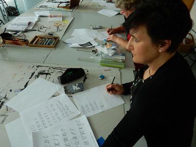 Buchstaben zeichnen: Fake Calligraphy