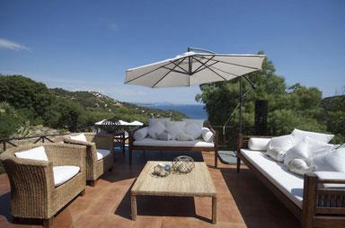 Superbe maison pour 10 personnes à louer pour les vacances à Begur avec une bellevue sur la mer, piscine privée. Location de prestige.