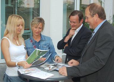 (v.l.n.r.): Copyright StadtGemeinde Mistelbach; Martina Kainz, Renate Kornfeind, Kulturstadtrat Klaus Frank, Bürgermeister Dr. Alfred Pohl