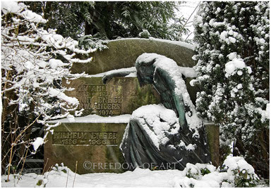 Bewacht  -  schneebedeckt