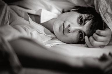 Sensual Portrait Shooting im Hotel München fotografiert von Das Fotoatelier Regensburg - Fotograf Regensburg