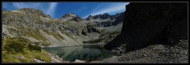 Lac de Pouchergues et muraille de Clarabide