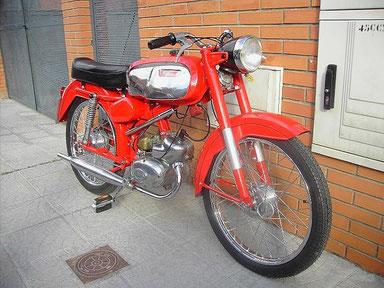 otro boton: Rieju P3A de 1967