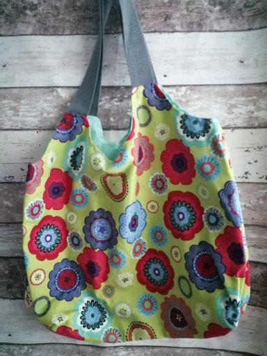Shopper Tasche Einkaufstasche Blumen handgemacht Handarbeit handmade SaSch Selbstgefertigtes aus Schwaben