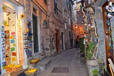 Hike the Cinque Terre - Corniglia