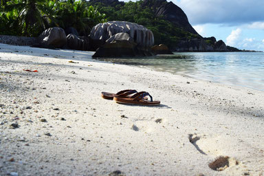 Our trip to the beautiful Seychelles - Beach at Anse Source d'Argent