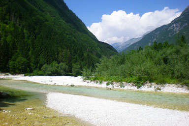 9 Places to see in Slovenia - The Soca River