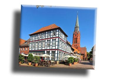 Kleinstadt mit Kirche