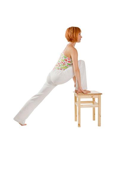 Yoga mit und auf dem Stuhl in Yogaschule Voglreiter Bad Reichenhall