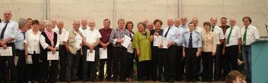 Die DJK Haselbach ehrt ihre langjährigen Mitglieder im Rahmen des Pingstfestes!