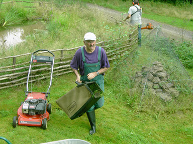 Arbeitseinsatz 2008 an der Häuserdickhütte (Foto: Lothar Ruppel)
