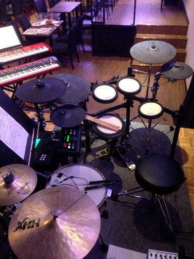 2013.7.23〜28 虎姫一座 東京モダンガールズ Drum set