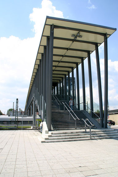 Fußgängersteg Ulm - Aufgang Friedrich-Ebert-Str.