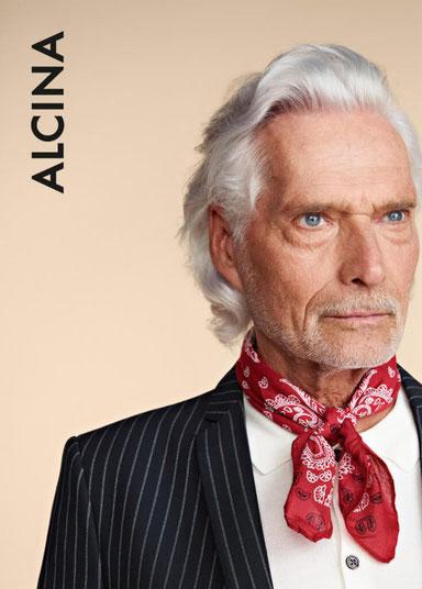 reifer man gentelmen ü50 weiße haare bart rasur styling