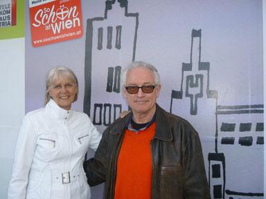 Susanne und ich vor unserem Preigekrönten Bild