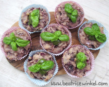 Beatrice Winkel - Rotkohl-Muffins mit Basilikum-Pesto