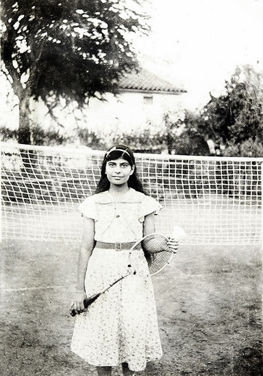Meheru Jessawala circa 1930's playing tennis at her family home Mary Lodge. Courtesy of the Jessawala Collection - AMB Archives, Meherabad, India.