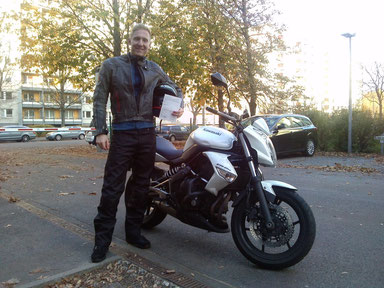 """Martin""""Umme"""",29.10.2013,  Auto und Bike...alles beim """"ersten Mal"""" bestanden...Wir sind stolz auf dich:-)"""