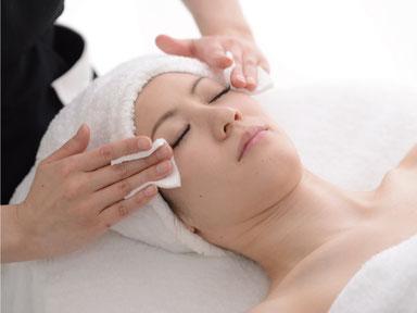 ベーシックコース,お肌の汚れ拭き取り,スキンフレッシュナー, パールフェイスエステティック イリス,ミキモト コスメティックス