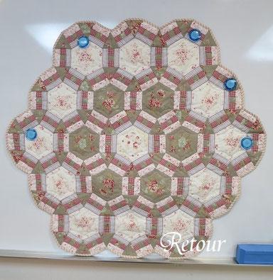 パッチワーク教室ルトゥール 朝顔の変形タペストリー