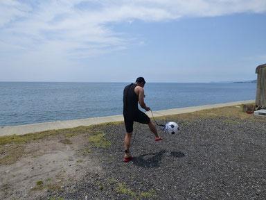サッカービーチボールで何する??