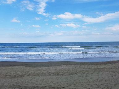波は腰腹ぐらいだそうです。