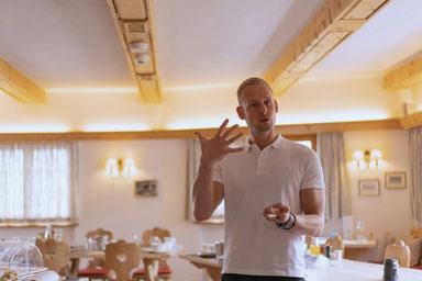Marco Grosch Vortrag Startupland Postgarage