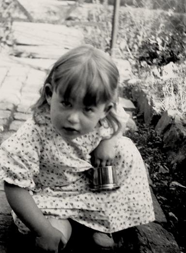 """Bettina Heinen-Ayech in the garden of the """"Black House"""", 1939"""