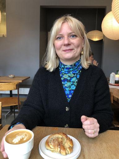 Marle Scheiter, marketings manager hos Rowohlt, elsker tøj og bøger, og så lige god kaffe og svenske kardemummebuller - Marle har gået til privatundervisning hos mig siden januar 2019