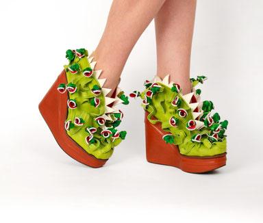 "Schuh Audrey - Gewinnerschuh beim ""Crazy Shoe Award"" 2014 - Design / Herstellung / Leihgabe / Foto: Lisa Folgner Brumbauer"