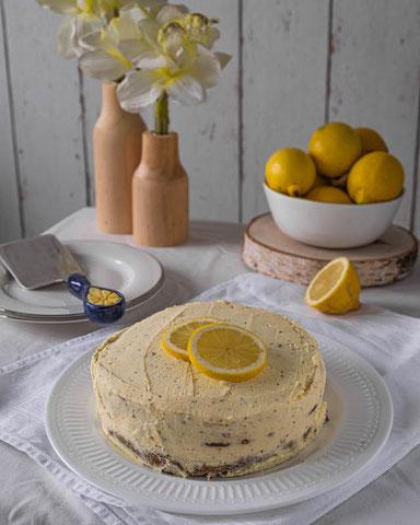 Italian Torta di Papavero with lemon mascarpone cream