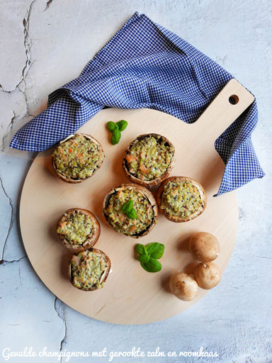 Gevulde champignons met quinoa, gerookte zalm en roomkaas