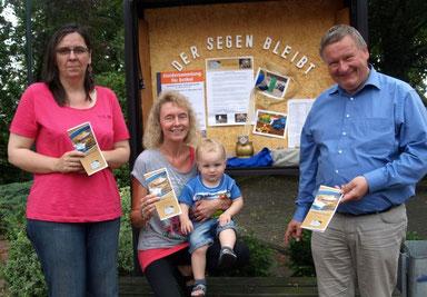 """,,Stufen des Lebens"""" – Pastor Kaiser, Andrea Harders mit Timm Matthis und Tanja Bork laden ein zum neuen Glaubenskurs."""