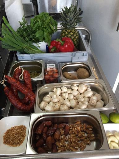 Der vorbereitete Warenkorb für unseren Kochkursus