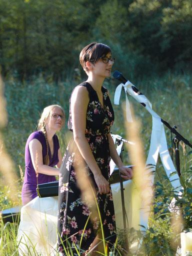 Jessica & Nadin spielen live bei einer Trauung