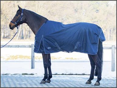 Pferdedecke mit Normalen Halsausschnitt